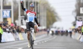 Ciclismo, Kuurne-Bruxelles-Kuurne: trionfo solitario di Jungels
