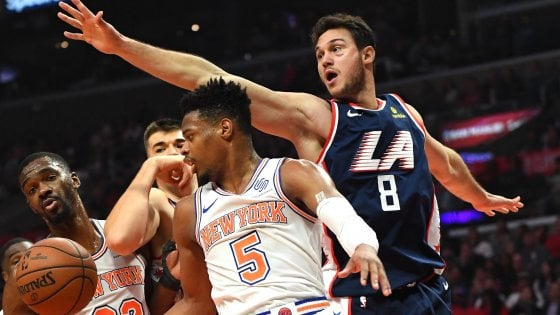 Basket, Nba: i Clippers blindano i playoff, Harden riapre la crisi Boston