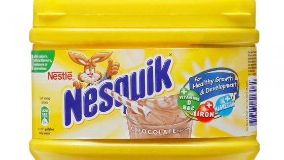 """Nesquik dice addio alla scatola gialla. Svolta Nestlè: """"Contro l'inquinamento da plastica"""""""