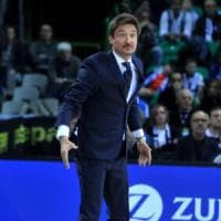 Basket, serie A: Pozzecco era squalificato, Sassari ko a tavolino con Cremona