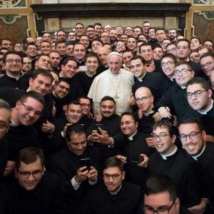 Più cattolici nel mondo ma non in Europa. In calo vocazioni religiose e preti