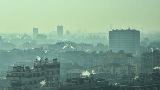 Bruxelles deferisce l'Italia alla Corte Ue per smog e acque reflue
