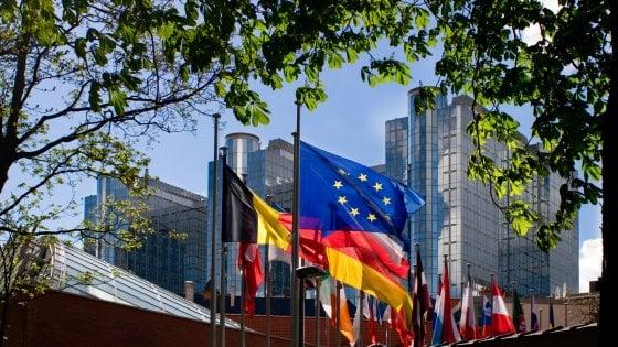 Paradisi fiscali, Bermuda verso la lista nera Ue. No di Italia ed Estonia agli Emirati arabi