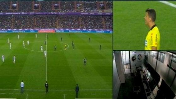 Real Madrid 'aiutato' dal Var fantasma: è polemica in Spagna
