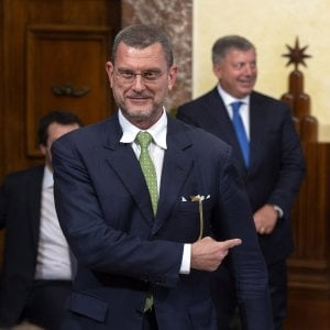 """Governo, il sottosegretario Barra Caracciolo: """"Non so se ho ancora le deleghe e l'incarico"""""""
