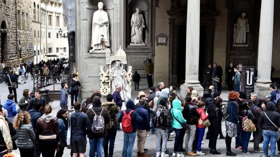 Turismo, le spese degli stranieri superano 41 miliardi