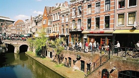 Canali e mattoni, houseboat e biciclette. Utrecht, elogio della lentezza