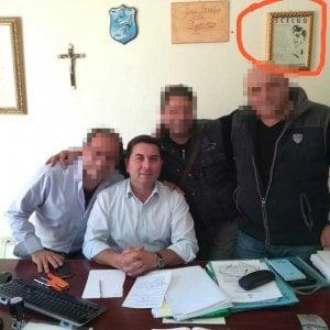 Sindaco di paesino del Reggino espone il giuramento delle SS italiane
