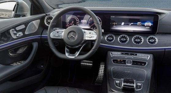 """Nuova Mercedes CLS, """"bellezza erotica"""" ma anima seriosa"""