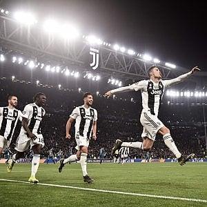 La tripletta di Cr7 regala 200 milioni alla Juventus (+16%) a Piazza Affari