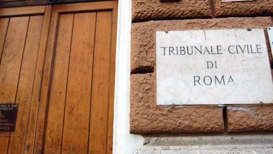 """Figli sfrattano il padre, ma il tribunale dà ragione al genitore: """"Proprietario dopo 20 anni per usucapione"""""""