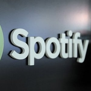 Streaming online, Spotify denuncia Apple all'Antitrust Ue: Viola la concorrenza