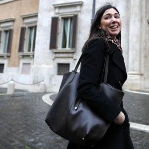 """Caso Giulia Sarti, la solidarietà del mondo politico: """"Diffondere foto che riguardano la sua vita privata è vergognoso"""""""