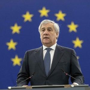 """E Antonio Tajani elogia Benito Mussolini: """"Ha fatto cose positive"""""""