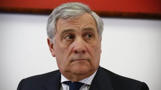 """Tajani all'Europarlamento: """"Chiedo scusa a chi si è sentito offeso"""", Anpi all'attacco"""