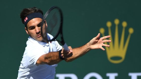 Tennis, Indian Wells: Federer ai quarti, Djokovic-Fognini in semifinale
