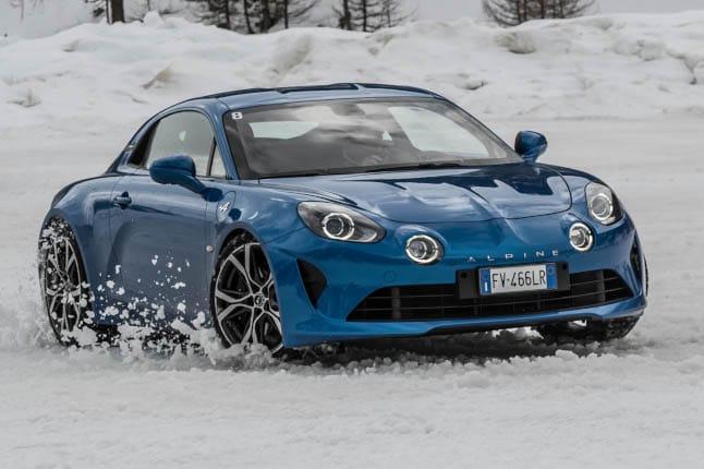 Guida su ghiaccio, Alpine batte tutti