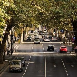 Immatricolazioni, continua la frenata dall'auto. Italia a -2,4% (a febbraio)