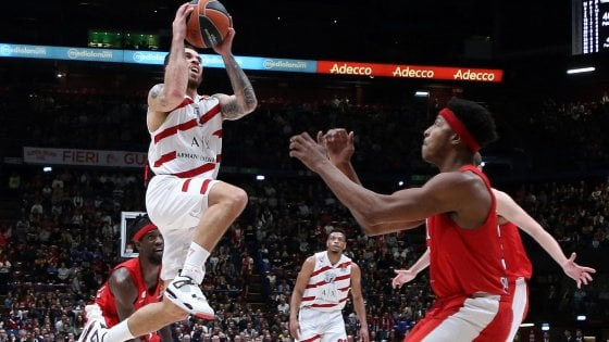 Basket, Eurolega: Milano batte l'Olympiacos 66-57 e sogna i play off