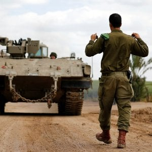 Dopo i razzi su Tel Aviv l'Egitto media una tregua fra Israele e Hamas