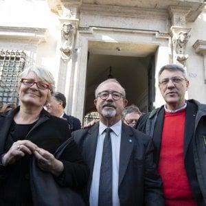 I segretari generali di CGIL Maurizio Landini, UIL Lazzaro Barbagallo e CISL Annamaria Furlan, fuori Palazzo Chigi al termine dell'incontro con il governo a Roma