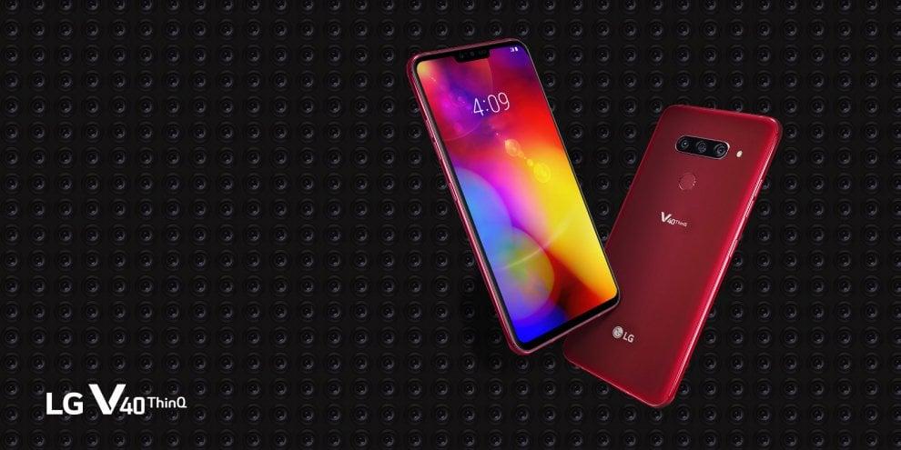 LG V40 ThinQ, smartphone top di gamma con classe