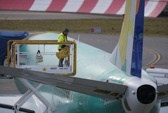 Prima dello schianto il Boeing 737 andava troppo veloce, e il pilota chiese di poter prendere quota
