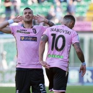 Serie B: Palermo, poker per rivedere la vetta. La Cremonese blocca il Venezia. Crotone-Lecce pari
