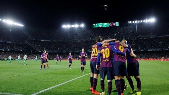 Spagna, Messi travolge il Betis: Barcellona sempre più vicino al titolo