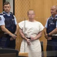 """Nuova Zelanda, Tarrant rifiuta l'avvocato: """"Mi difendo da solo"""". Il governo prepara la..."""