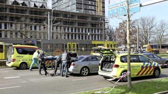 Spari sul tram, un morto Potrebbe essere terrorismo