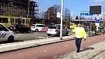 Sparatoria sul tram: è caccia all'assalitore