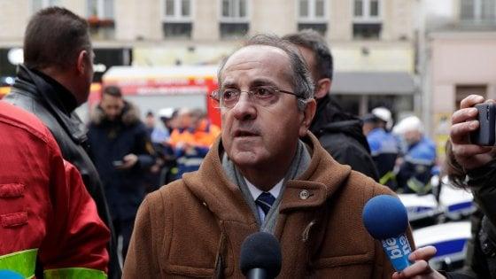 Gilet gialli, rimosso il capo della polizia e stop alle manifestazioni su Champs-Élysées