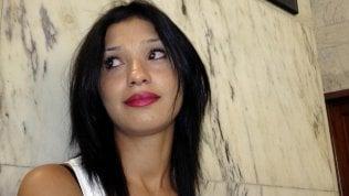 """Ruby ter, la difesa di Berlusconi in aula: """"La morte di Imane Fadil ci danneggia nel processo"""" video"""
