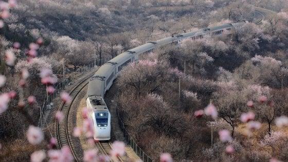 La politica italiana non sa cosa pensare della Cina: il risultato dell'analisi della società FB & Associati