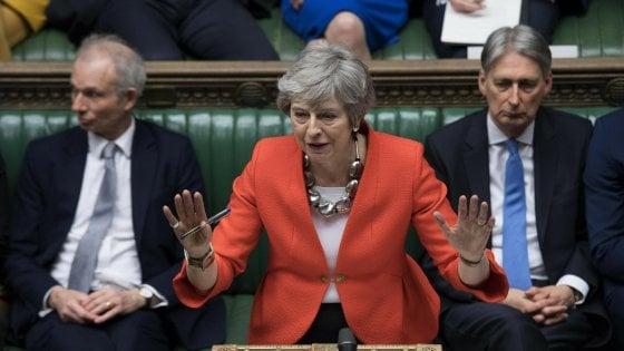 Brexit, determinati ad uscire con deal. May scriverà a Tusk per chiedere un rinvio