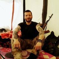 """Recuperato il corpo di Lorenzo Orsetti, morto in Siria combattendo l'Isis. Il padre: """"Ora..."""