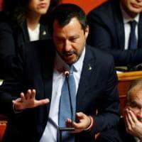 Diciotti, il Senato vota no all'autorizzazione a procedere contro Salvini. Che in aula...