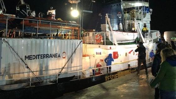 Io, a bordo della Mare Jonio: ecco come abbiamo salvato quei migranti