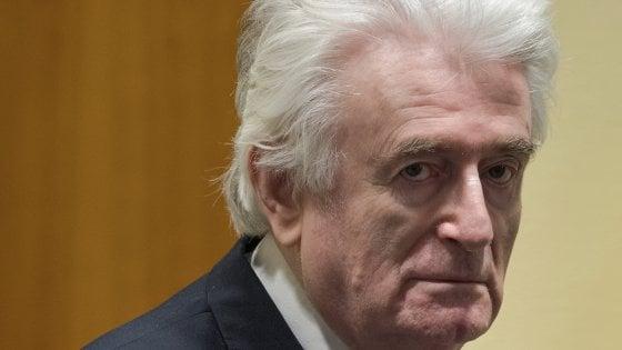 Massacro di Srebrenica, ergastolo per Karadzic: pena aumentata in appello