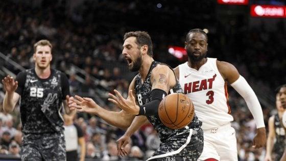 Basket, Nba: San Antonio ferma la corsa, super-Harden non basta a Houston