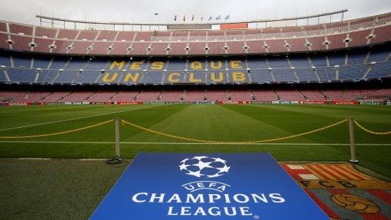 Champions: Manchester United contro Barcellona per caro biglietti, club aiuterà tifosi