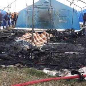 Incendio in nuova tendopoli San Ferdinando: muore un migrante senegalese