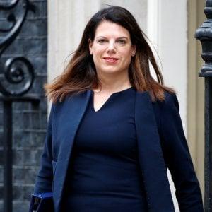 """La ministra Nokes: """"Cari italiani nel Regno Unito, nessuno vi caccerà dopo Brexit. Ma registratevi"""""""
