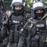 """Undici arresti in Germania. Gli inquirenti: """"Preparavano attacco terroristico di matrice..."""