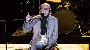 """Battiato, che compie 74 anni, rassicura sulla sua salute: """"Il peggio è passato. Lavoro a un nuovo brano"""""""