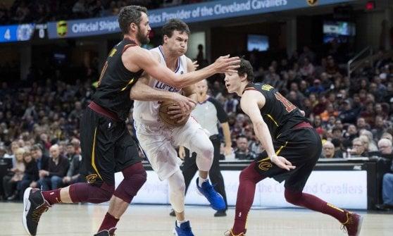 Basket, Nba: Harden fa volare Houston, Gallinari spinge i Clippers. Ufficiale, LeBron e i Lakers fuori dai playoff