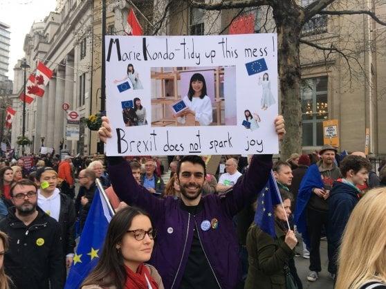 """Brexit, una marea umana invade Londra: """"Siamo un milione, vogliamo un secondo referendum"""""""