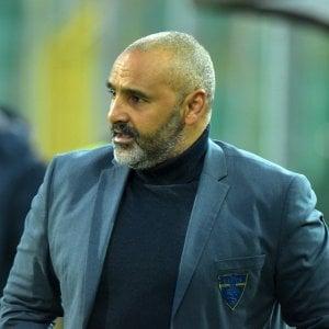 Lecce esagerato: Ascoli umiliato 7-0, salentini terzi in classifica