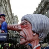"""Sunday Times: """"I ministri britannici vogliono le dimissioni di May"""""""
